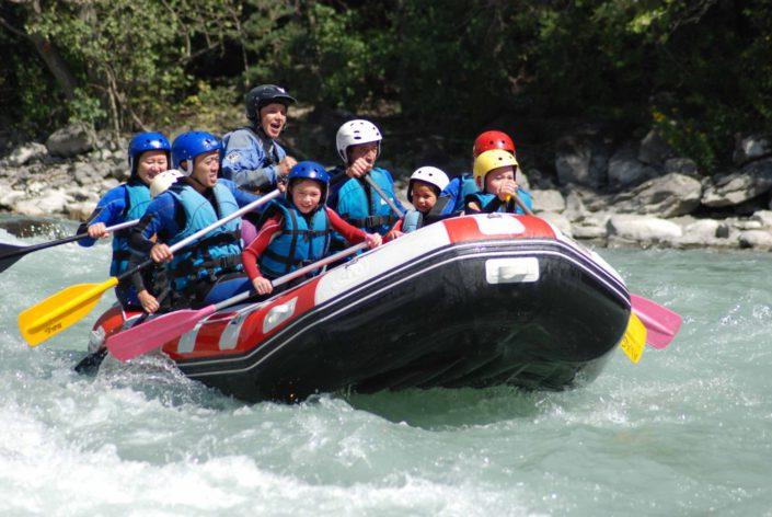 Rafting en famille juste avant la vague du Rabioux